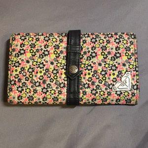 Roxy Flowers Wallet